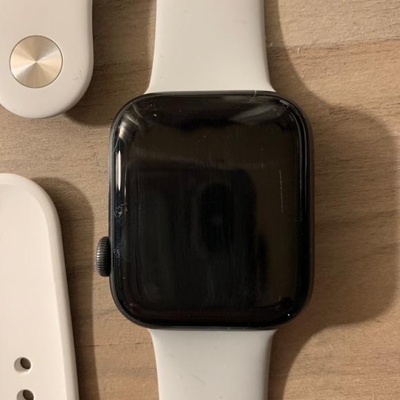 Apple Watch, Nike series 4 mm